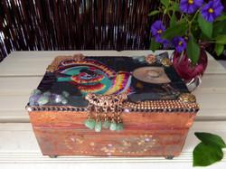 Mexican dancers decorative box