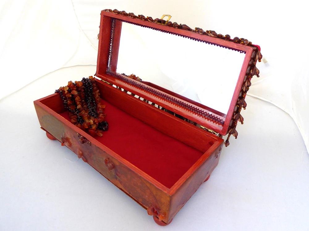 Flower Jewelry Box – Interior