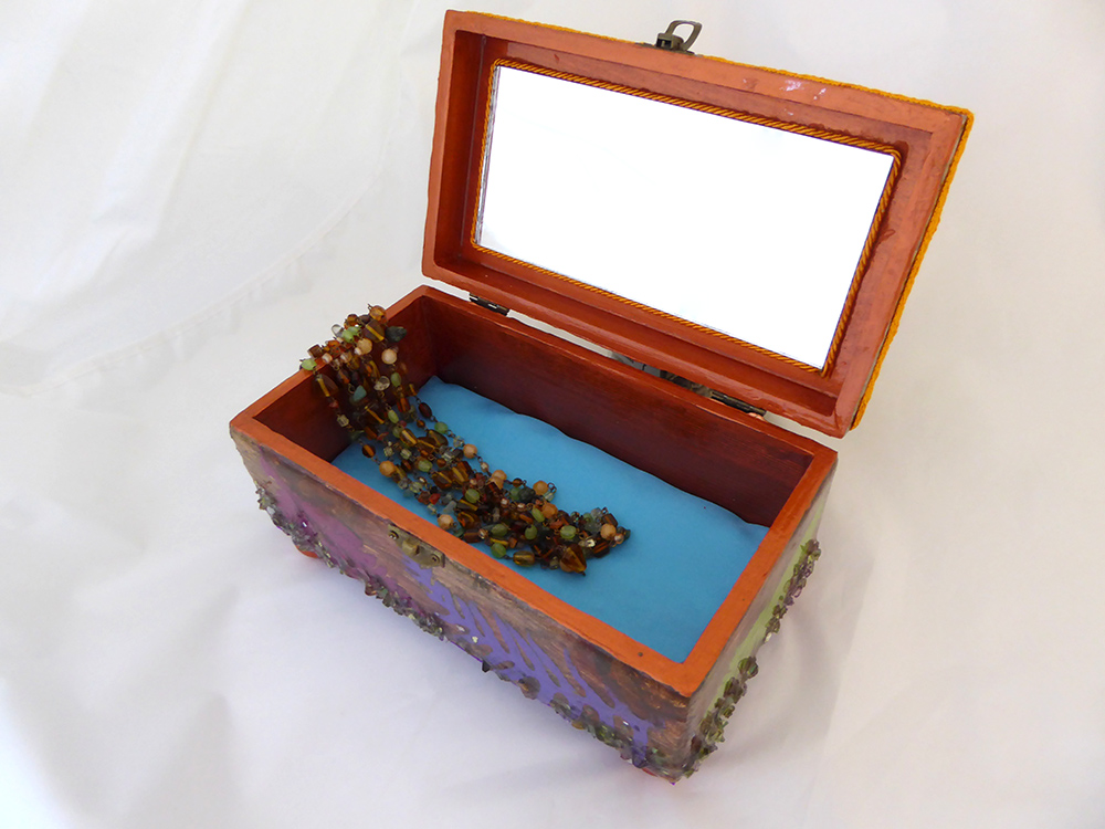 Tropical Jewelry Box - interior