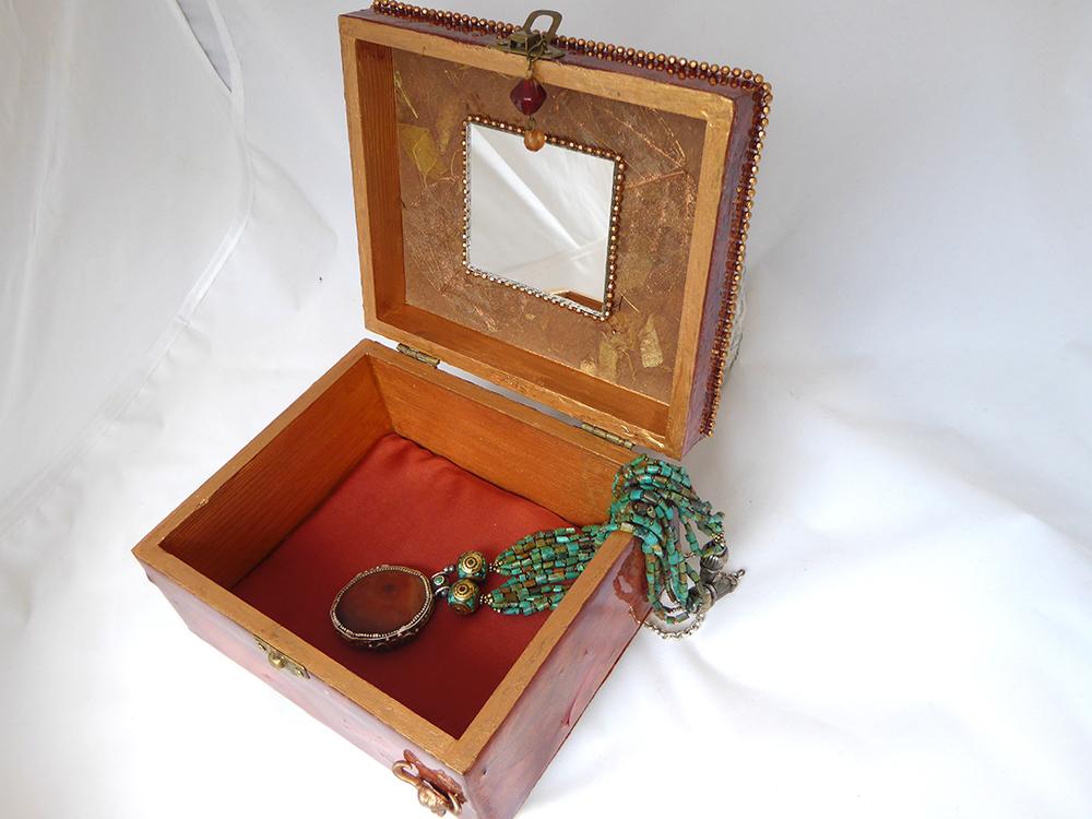 New Mexico Jewelry Box – Interior
