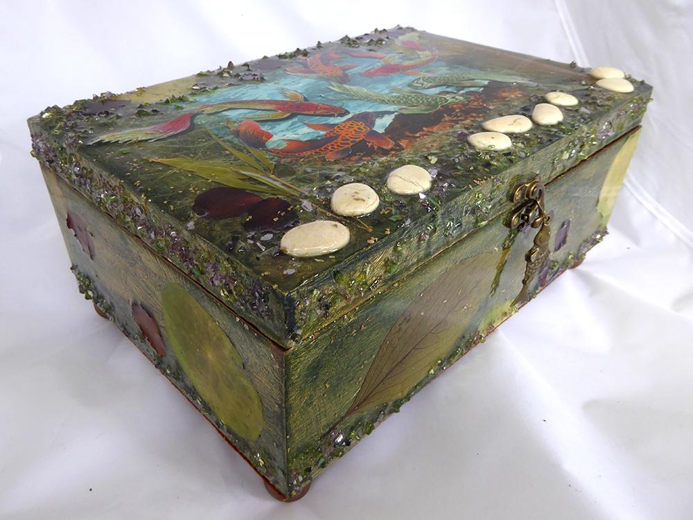 Koi/Fish Jewelry Box – Side view