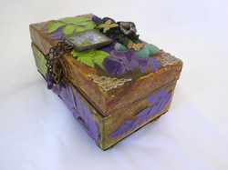 Lily & butterfly Jewelry Box -side
