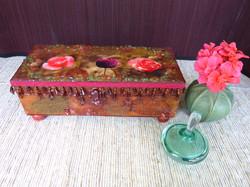 Flower Jewelry Box – in setting
