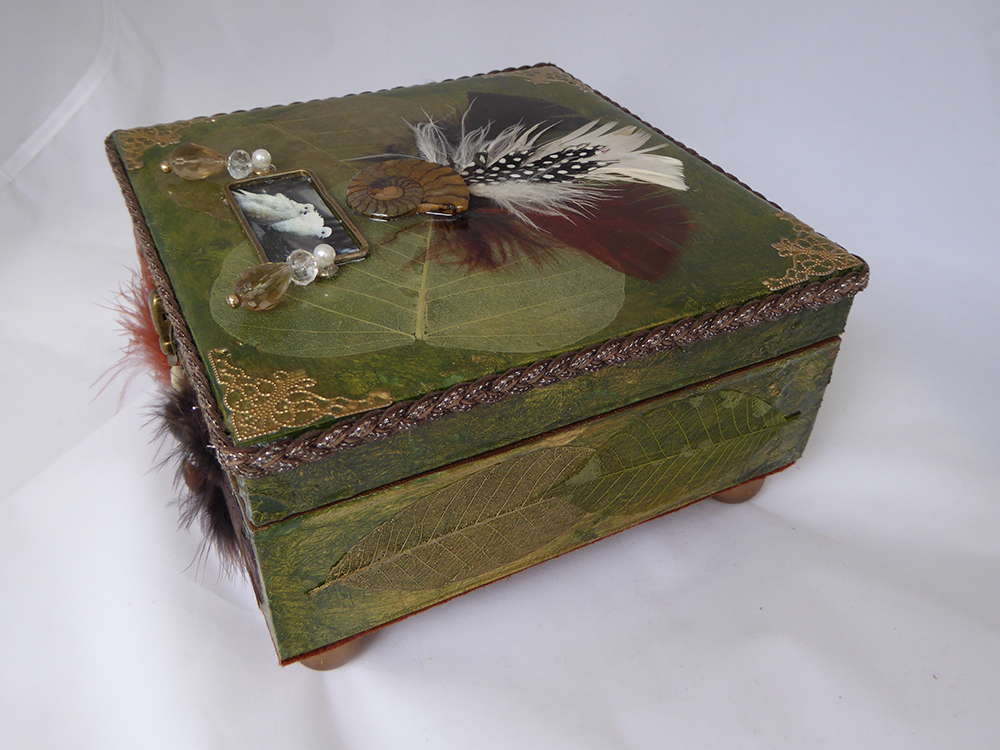 Dove Jewelry Box – Side view