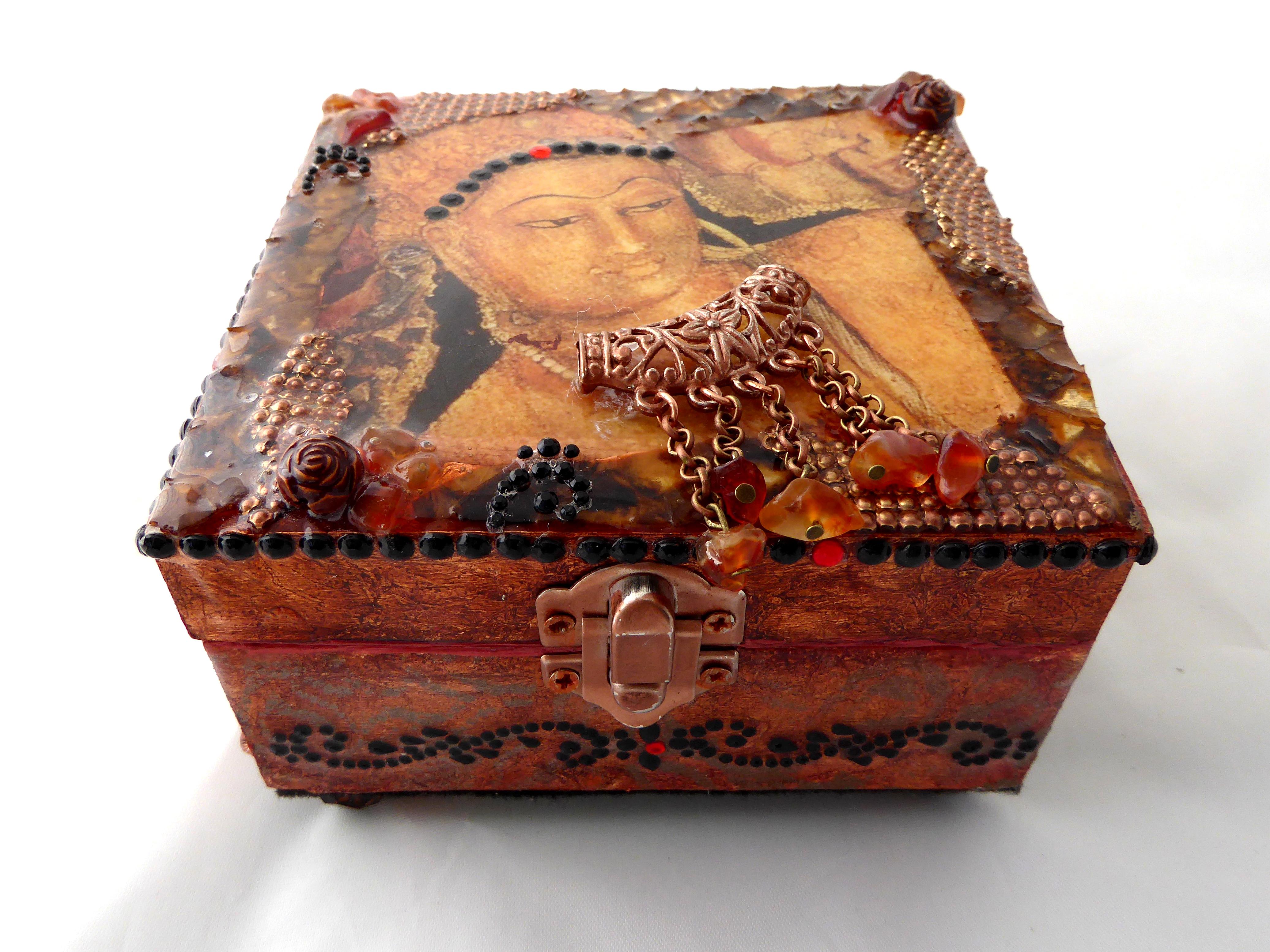 India decorative jewelry box