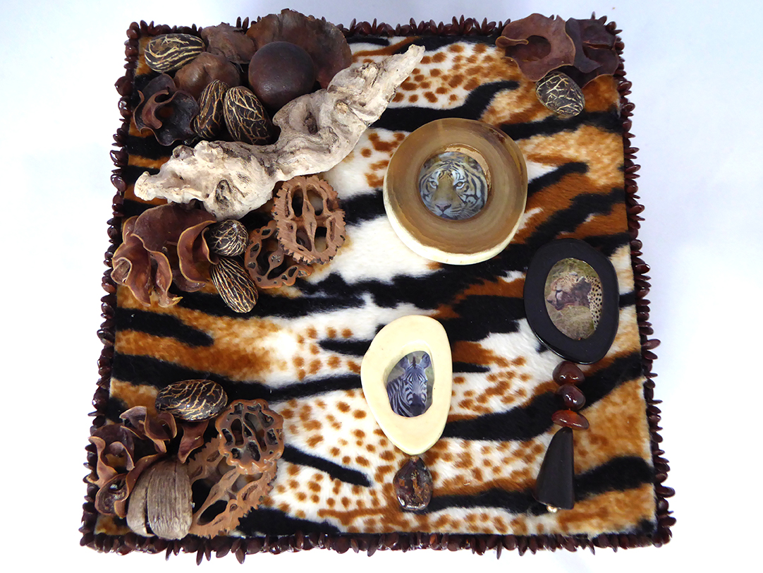 African Safari Jewelry Box – Top
