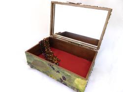 Koi/Fish Jewelry Box – Interior