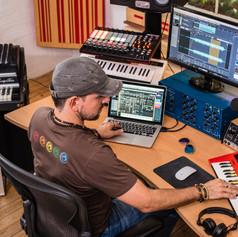 Claudio-Studio-2016-2.jpg