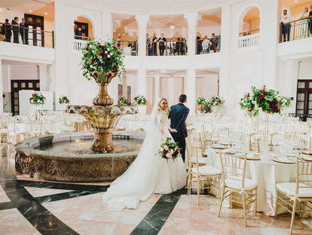 Frankie + Holly's Romantic Colonnade Wedding