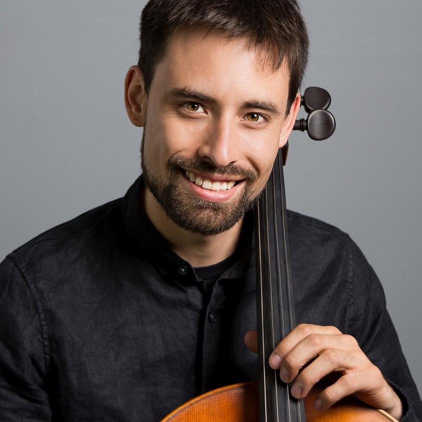 Cellist David Londoño