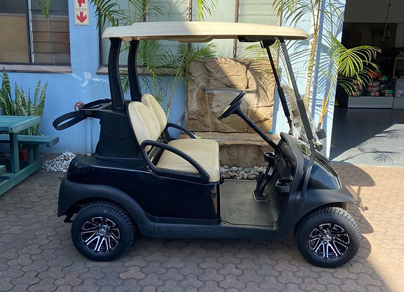 Club Car Precedent Electric 2 seater with new Trojan batteries andnew mag wheels