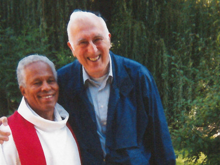 """Друг Жана Ванье, священник Билл Кларк рассказывает о своей жизни в """"Ковчеге"""" Троли в 1968"""