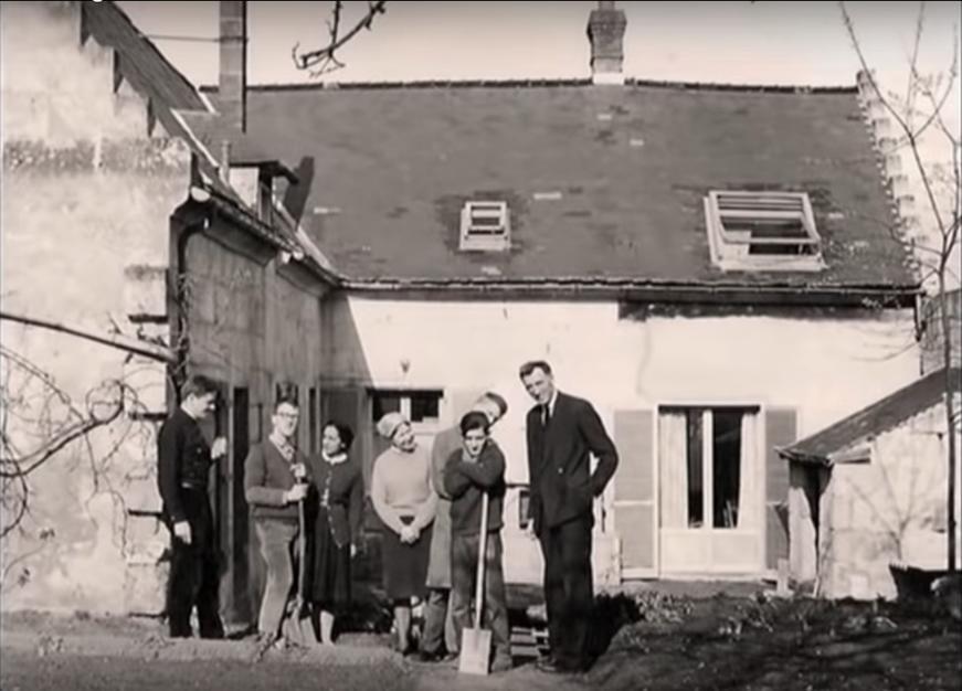 Первый дом в Троли первой общины «Ковчег»