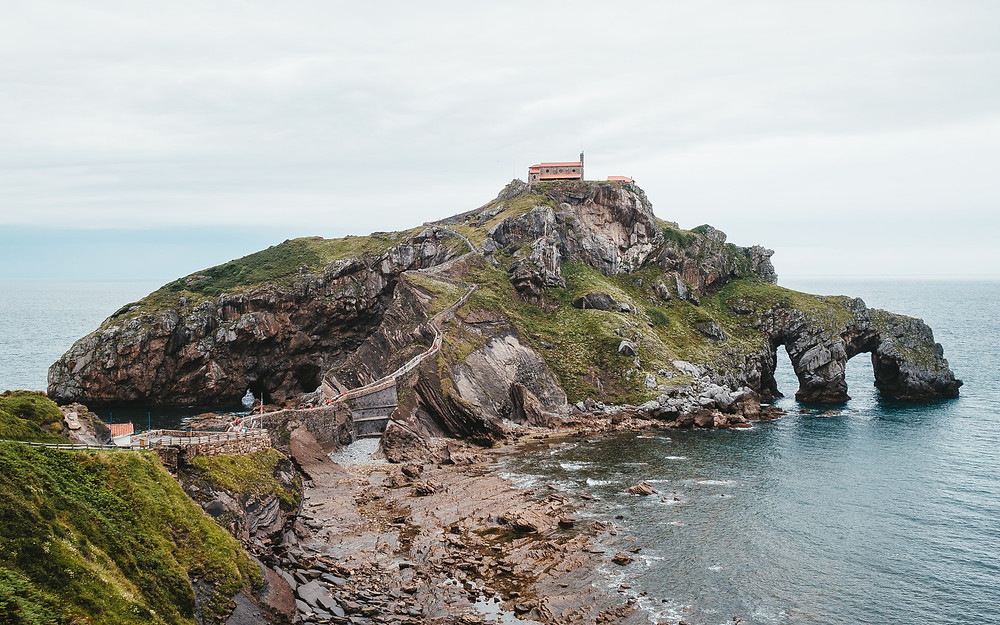 Game of Thrones location in Spain of Peninsula of San Juan de Gaztelugatxe