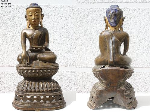 Buddha mehr als 180 Jahre alt