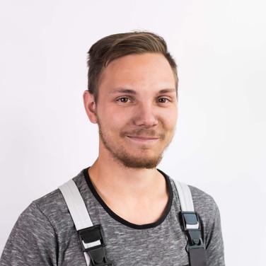Julian Hinz - (Auszubildender KFZ-Mechatroniker)