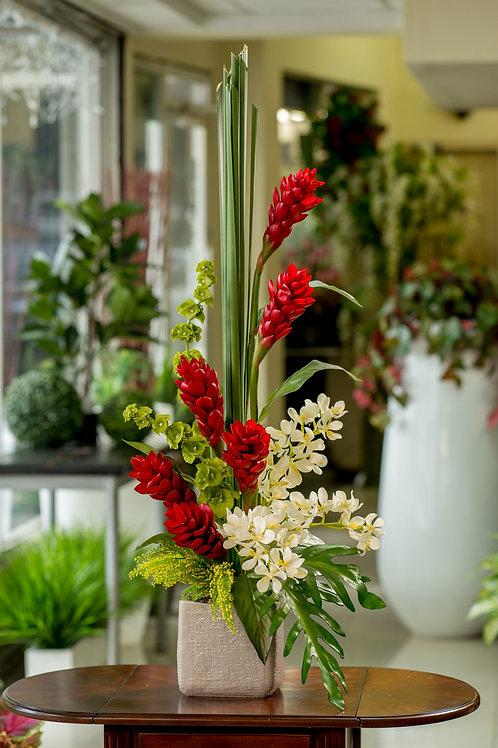 Elegante y sofisticado arreglos de ginger rojas y orquideas blancas