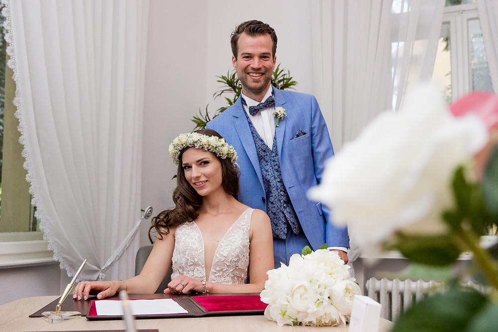 Brautpaar Standesamtliche Trauung Hochzeitsvilla Berlin