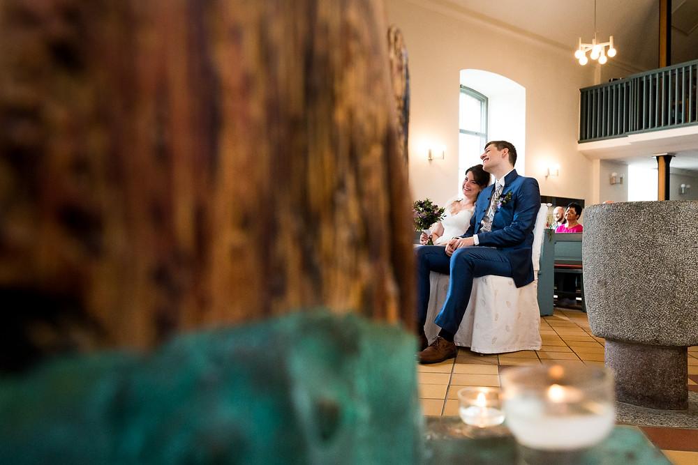 hochzeitsfotograf berlin - dorfkirche wittenau kirchliche trauung berlin