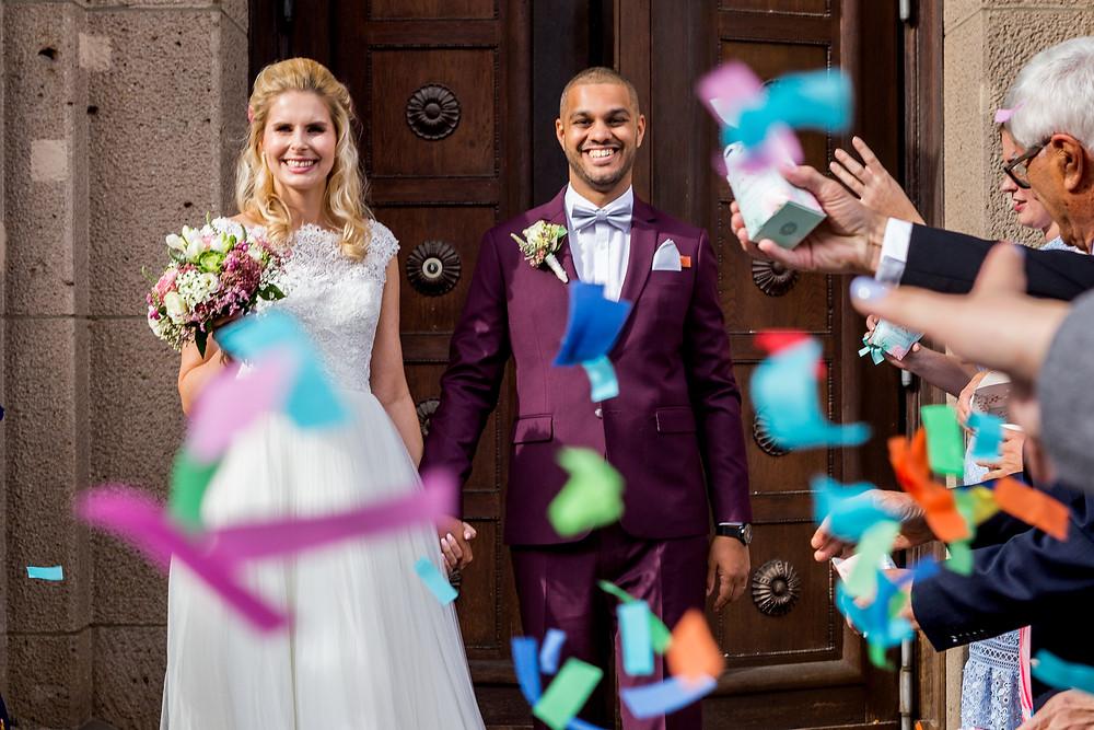 Austritt des Brautpaares aus der Trauung