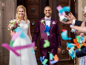 Austritt des Brautpaars aus der Trauung