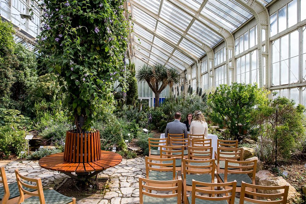 Standesamtliche Hochzeits Trauung im Botanischer Garten Berlin