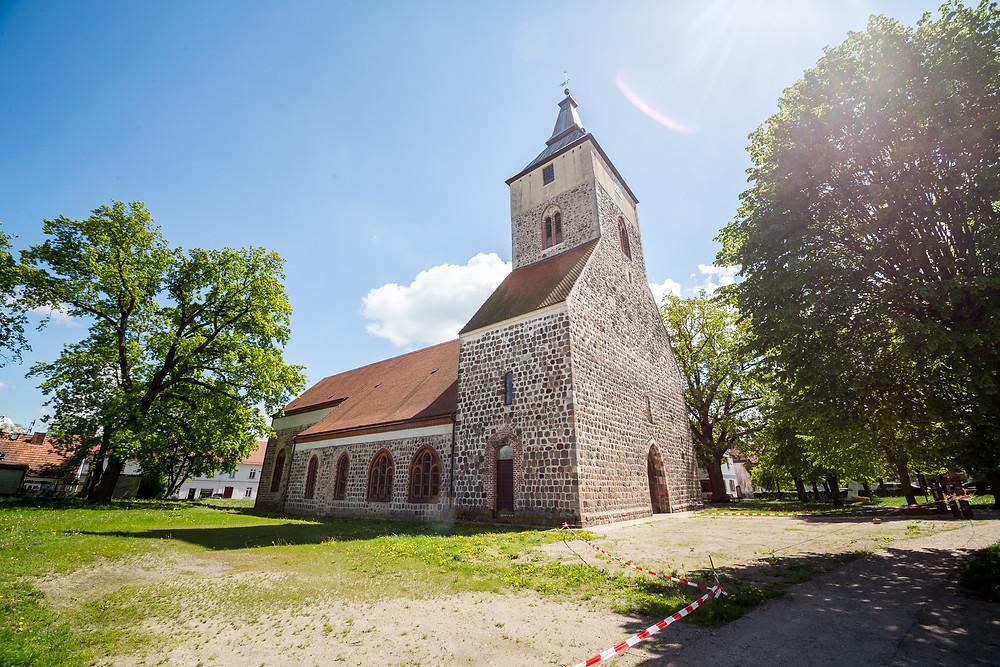 Standesamtliche Trauung Brandenburg - Schlossgut Altlandsberg - Stadtkirche St. Marien - Hochzeit & Heiraten