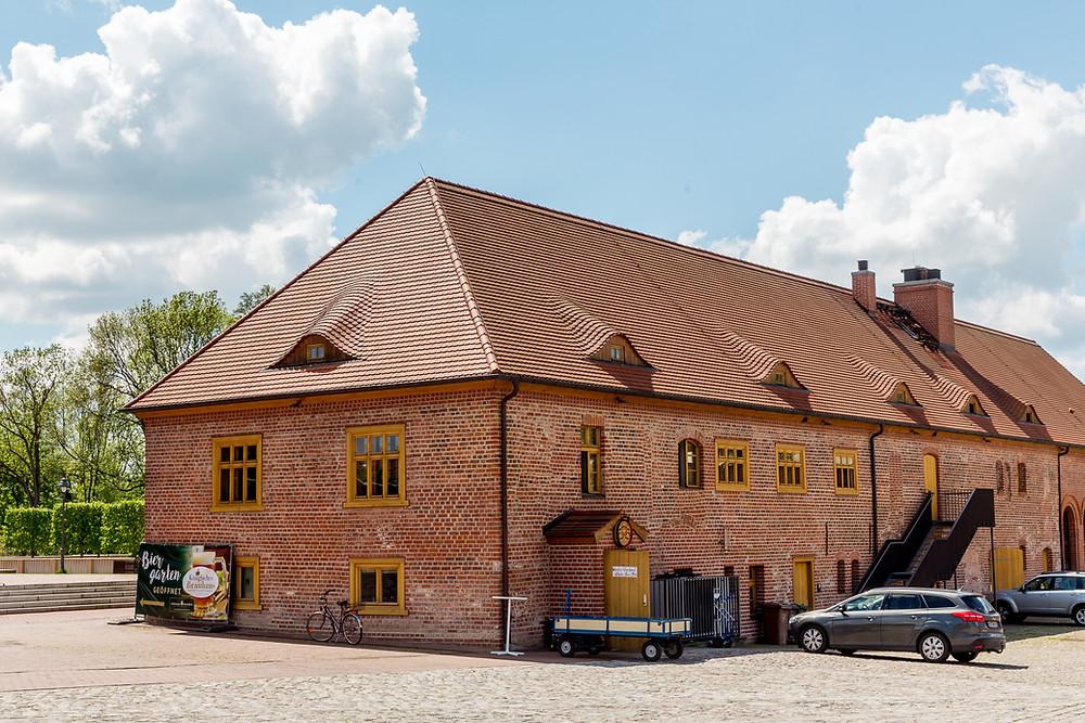 Standesamtliche Trauung Brandenburg - Schlossgut Altlandsberg - Brauerei - Hochzeit und Heiraten