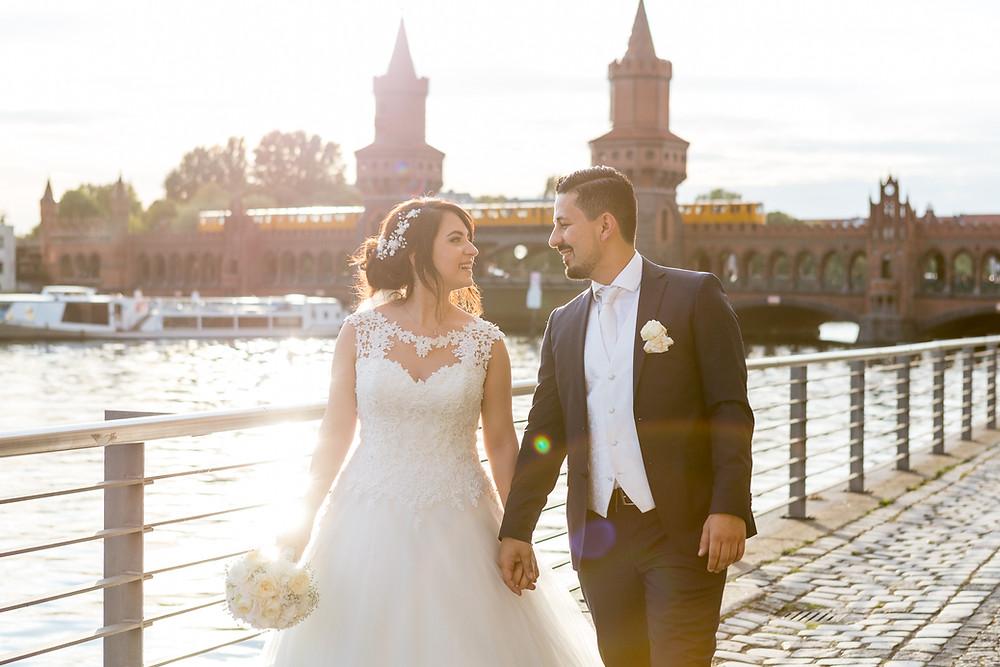 Brautpaarshooting Hochzeit im Capitol Yard Golf Berlin