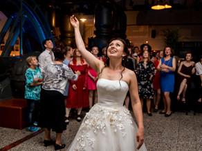 5 Momente, die Teil einer Hochzeitsfeier sind!