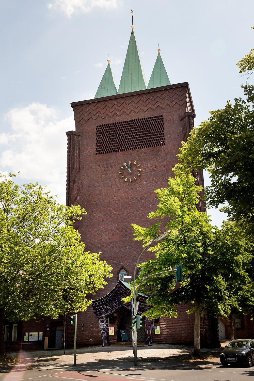 Kreuzkirche Schmargendorf fassade