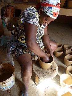 Produzione tradizionale ceramica (10).jp