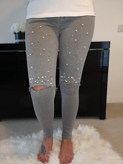 Pearls & Gem Ripped Jeans