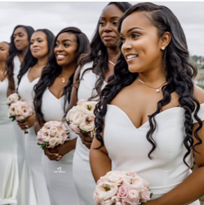 Photo by @amyanaizphoto; Styled by @vaingloriousbrides; Sourced by @weddingsonpoint