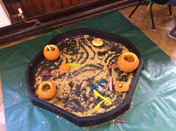 autum messy play
