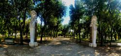 """ Roman Park """