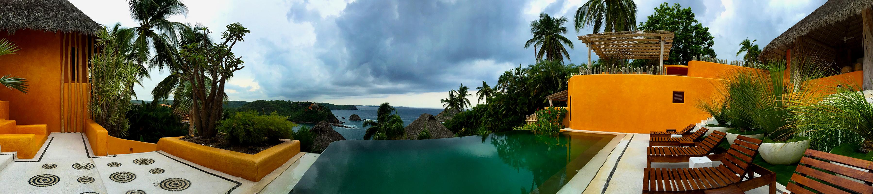""""""" Between Pool , Sea & Sky """""""