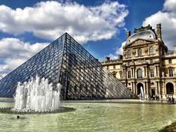 """"""" Le Louvre """""""
