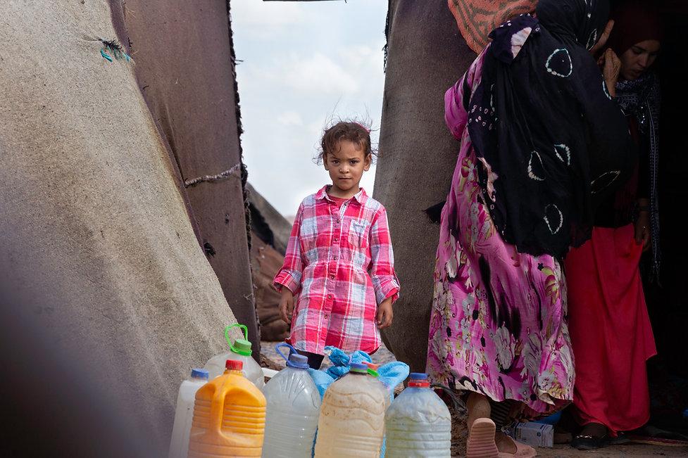 Nomad little girl Sahara