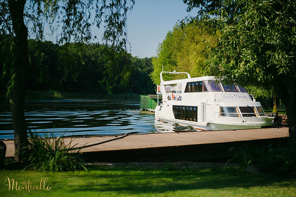poza 7 - Monticello_nunta pe yacht_weddi
