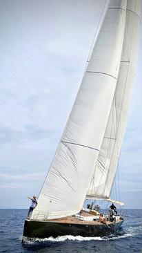 Nereida Hanse 630e mit vollen Segeln