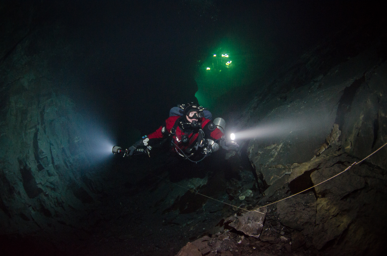 Tuna Hästberg, Swedish Mine Diving