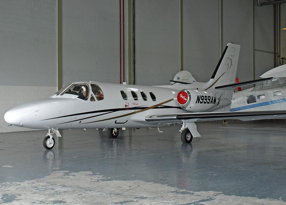 N999AM Ext Hangar.jpeg