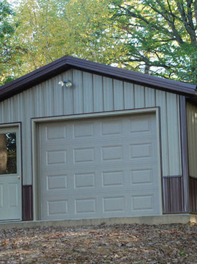 tan-garage-in-woods1.jpeg