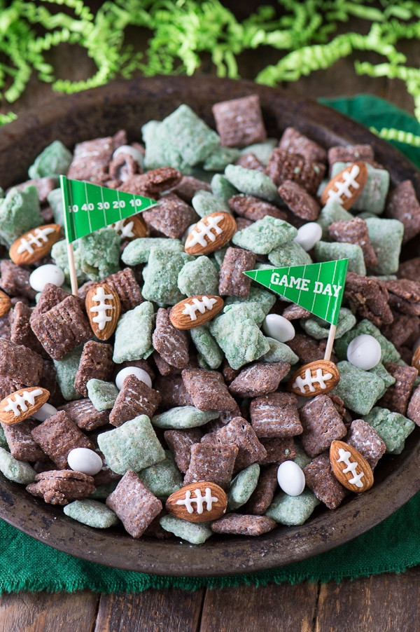 Football-Puppy-Chow-6