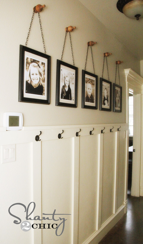 wall-frames-with-finials