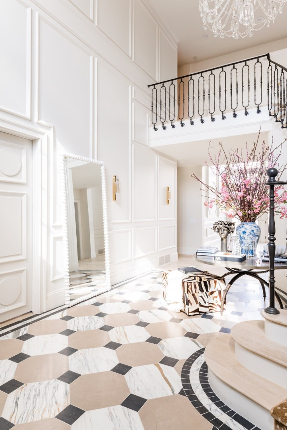 Rachel-Parcell-Entry-Way-Reveal-Alice-Lane-Home-Decor-6-1