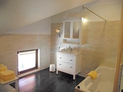 Badezimmer, Ferienwohnung Enzian