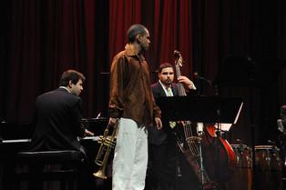 Dan Nimmer - Piano Carlos Henríquez - Bass  La Habana, Cuba.  October 2010