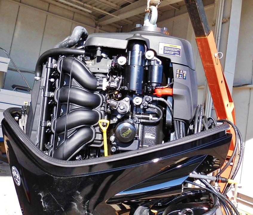 Intérieur d'un moteur de bateau